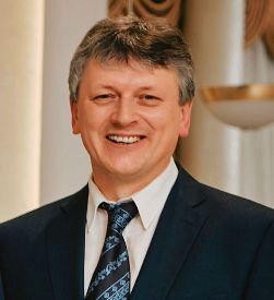 Директор ателье мягкой мебели «Автор» Александр Ледяев